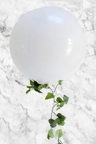 Giant 90cm Balloon with Ivy Garland