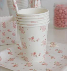 Sambellina White Floral Cups - Bickiboo Party Supplies