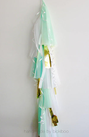 Balloon Tassel Garland - Mint & White - Bickiboo Party Supplies