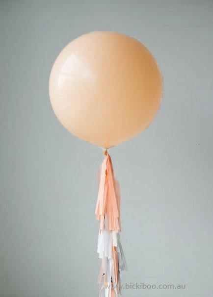 Balloon Tassel Garland - Peach & Grey