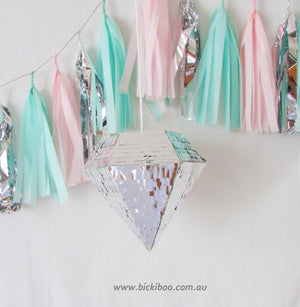 Gold Diamond Piñata - Bickiboo Designs