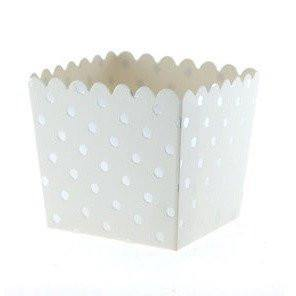 White & Silver Dot Scallop Favour Boxes (6 pack)