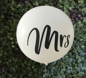 Giant 90cm Mrs Balloon