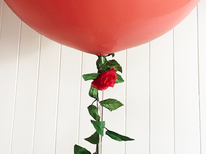 90cm Balloon with Red Rose Garland - Bickiboo Designs