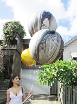 Black & White Marble 76cm Balloon UN-INFLATED