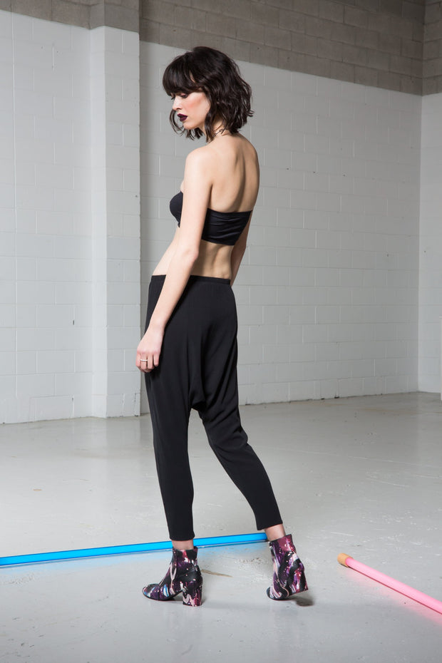 Maaike Archive Pant -Black. Drop crotch, elasticated waist, exposed zips at the ankle