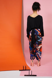 Maaike 100% viscose Ceremony Top - Black. Long sleeve batwing, reversible with ties.