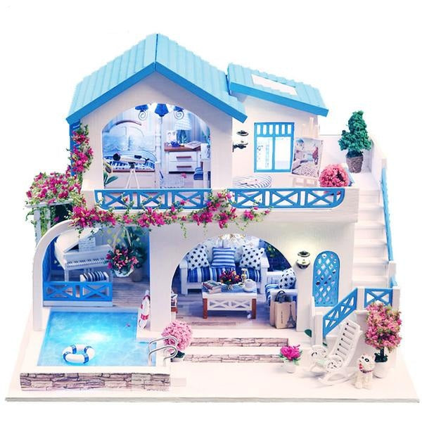 Wooden Furniture Doll House With Swimming Pool