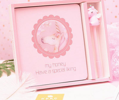 Pinky Unicorn with Pen Planner