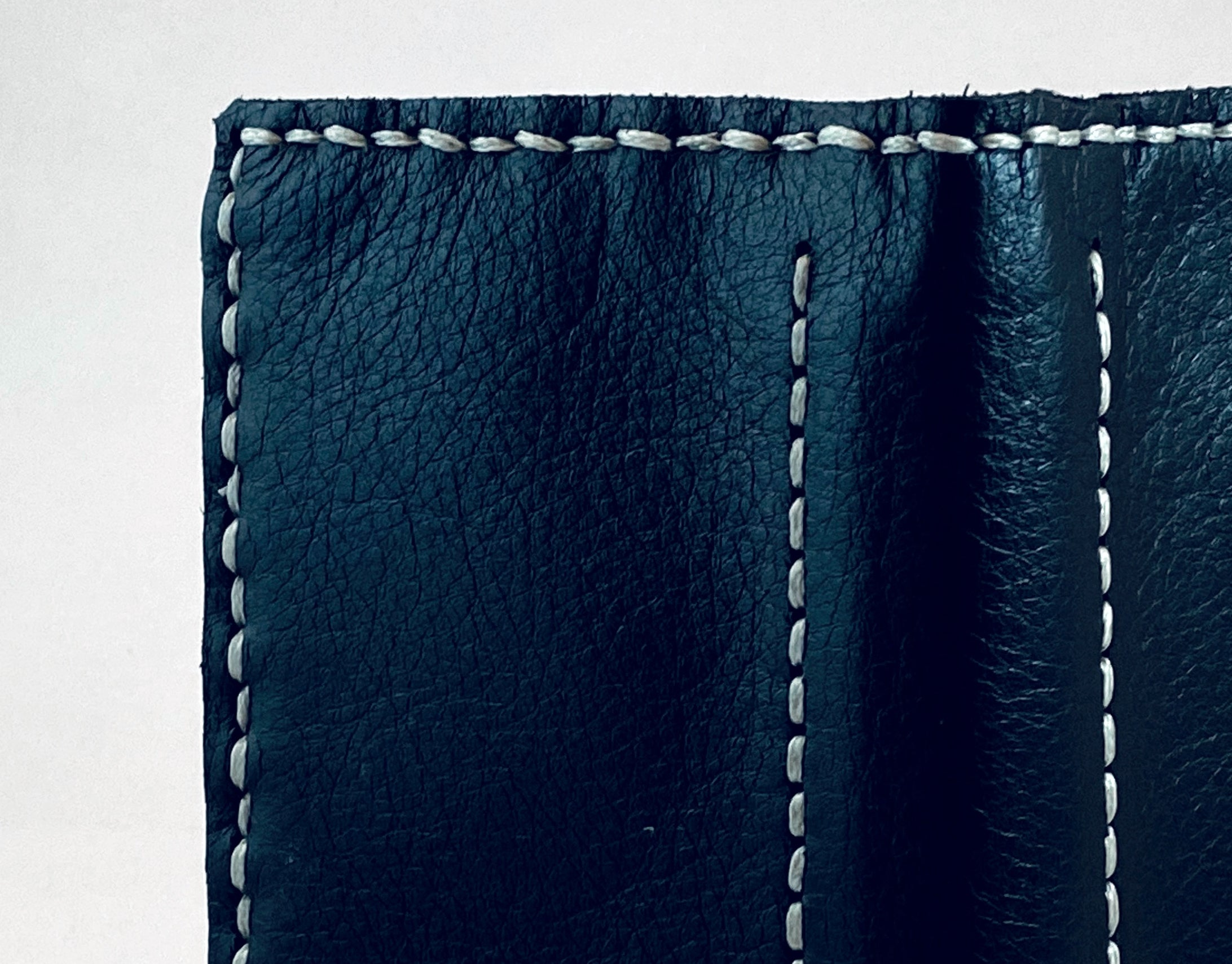 Artisan Capture Wallet - with Zebra Pen