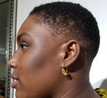 Load image into Gallery viewer, Fulani Gold Twist Earrings