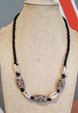 Load image into Gallery viewer, Unisex Terracotta Clay & Cowry Necklace