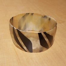 Load image into Gallery viewer, Senegalese Wide Horn Bangle