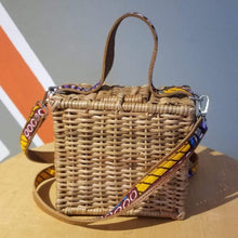 Load image into Gallery viewer, ÉKÉTÉ Box Straw Handbag