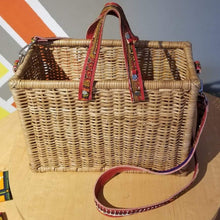 Load image into Gallery viewer, ÉKÉTÉ Picnic Box Straw Handbag