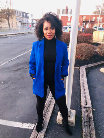 Blu open collared blazer with pockets