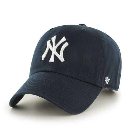 NEW YORK YANKEES 47 BRAND CLEAN UP DAD CAP IN NAVY BLUE