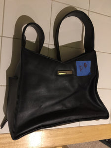 7862 - AP - Larger Black Designer Purse