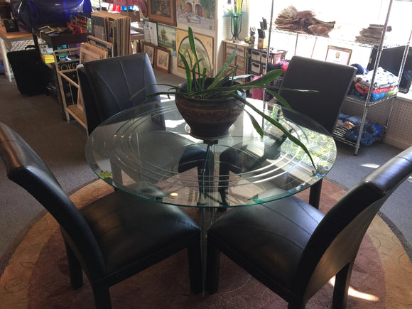 7960 - H - Glass Top Table & Chairs -