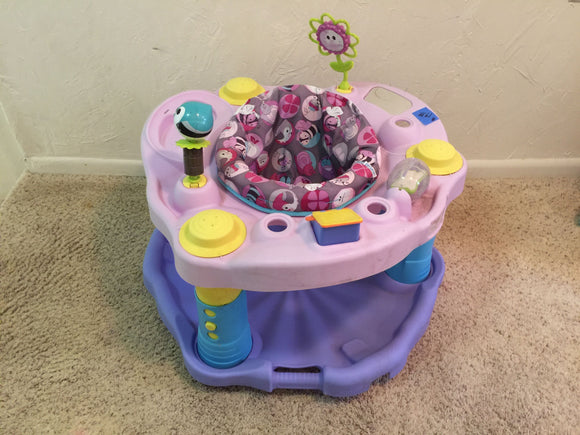 8315 - T - Baby Bouncy Toy - Many Games, area for Dish & Cup, Chair spins, Adjustable height - used very good condition