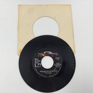 9135 - C - 45 RPM Record - Jackie deShannon - Put a Little Love in Your Heart
