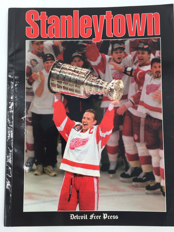 9484 - SP - Magazine - Stanley Town - 1997 Detroit Red Wings - Stanley Cup Champions