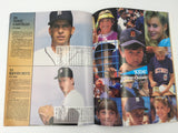 9673 - C - Detroit Tigers 1992 Year Book - Many Team Player Articles & Action Photo's