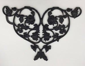 "8473 - H - Decorative Wrought Iron - Heart Bouquet -""In Store Pickup Only"""