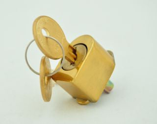 Classic PH-2150 Bright Brass Handle Key-Lock Push Button Insert with Keys