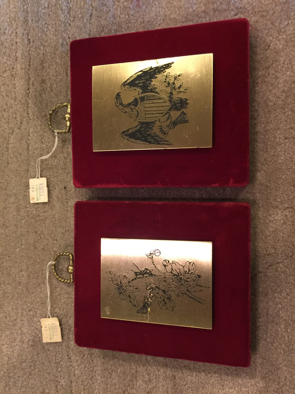 7933 - H - Set of 2-Metal engraved plaques