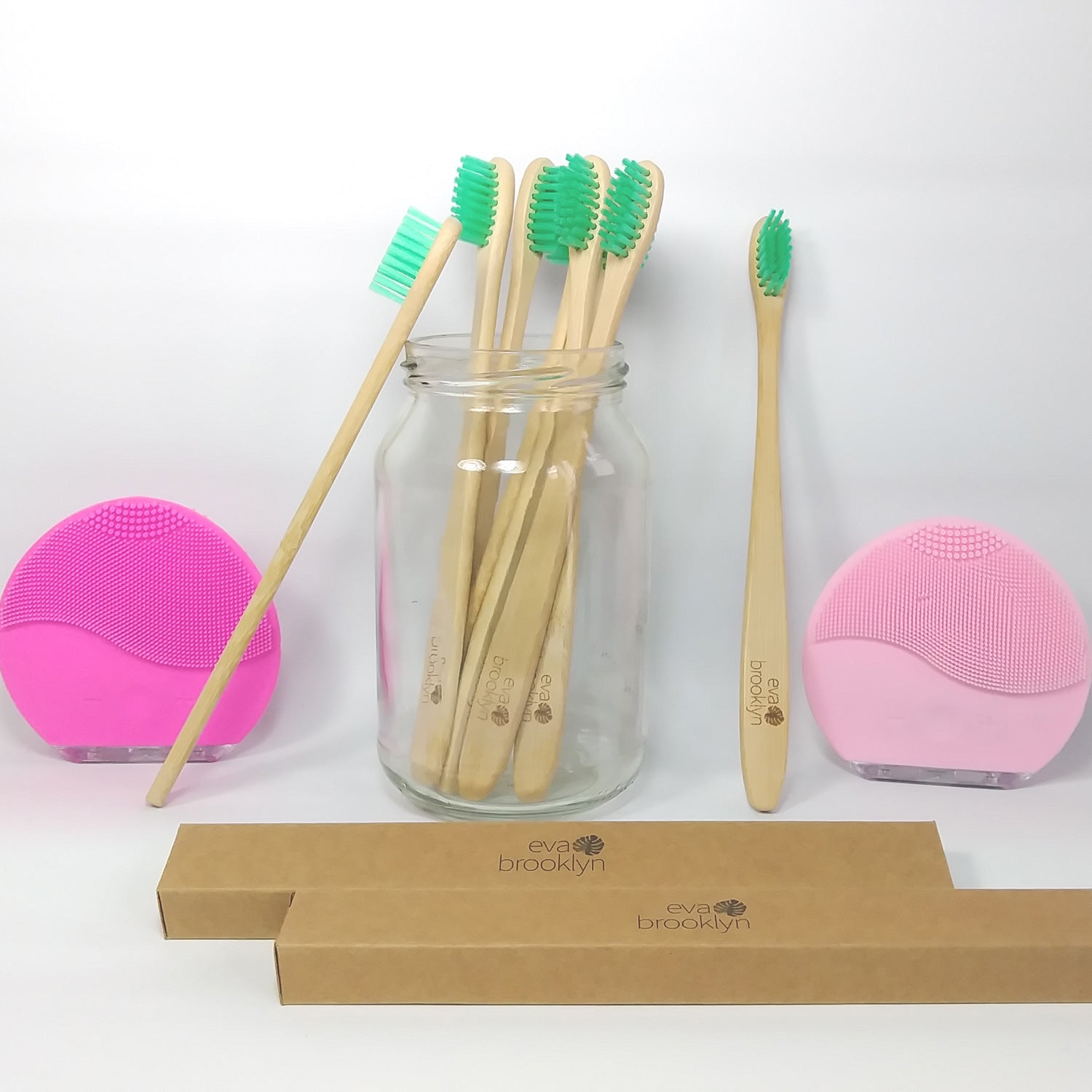 8 Bamboo toothbrushes pack - Biodegradable
