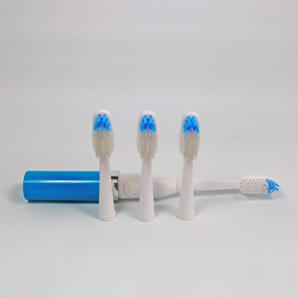Travel toothbrush with vented cap