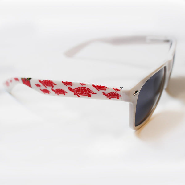 UMD Turtles (White) / Shades