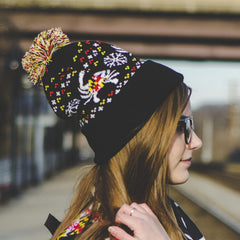Maryland Flag Crab & Snowflake (Black) / Knit Beanie Cap w/ Pom-Pom