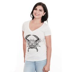 Henna Crab (Heather White) / Ladies V-Neck Shirt