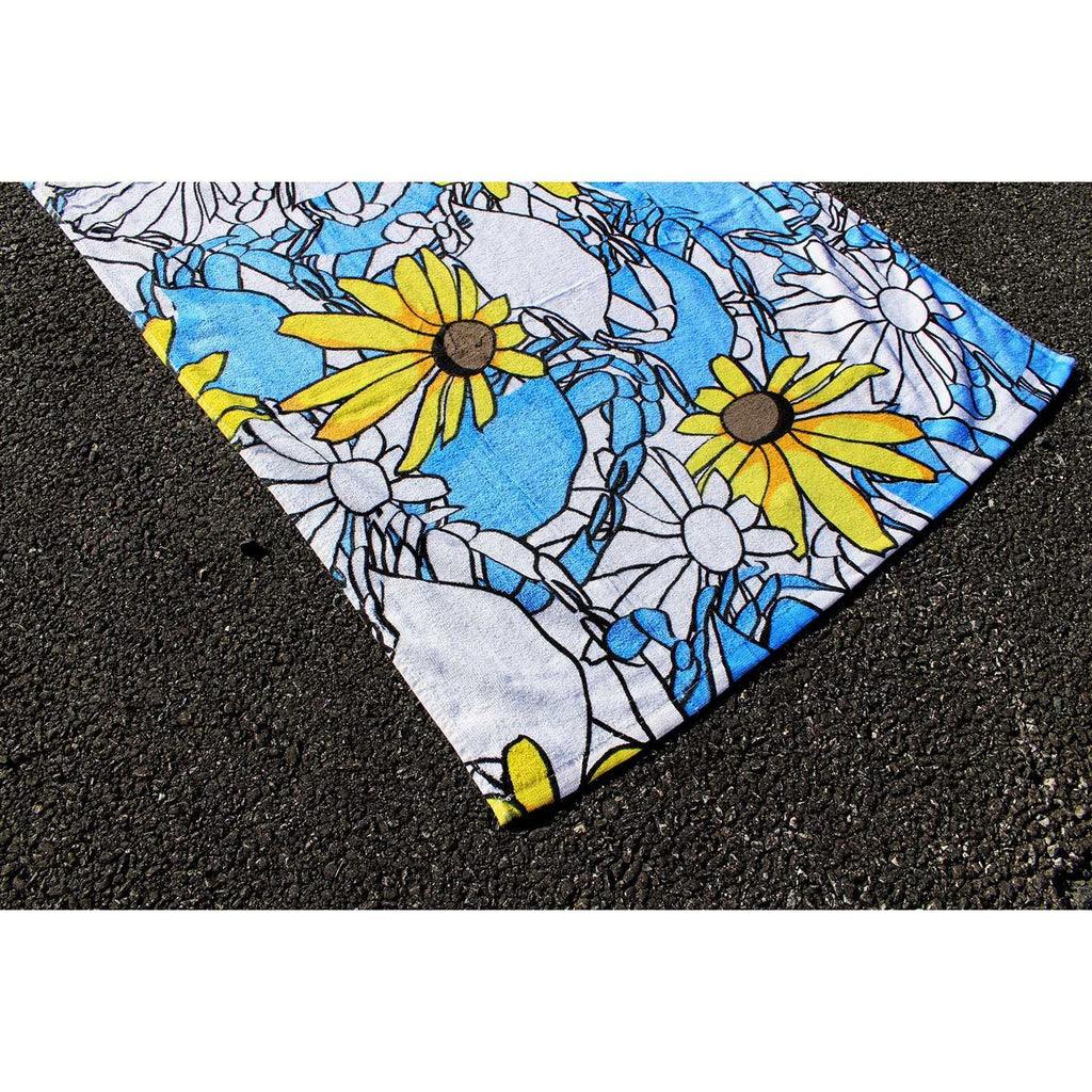 Blue Pennington Crab & Black Eyed Susan / Beach Towel - Route One Apparel