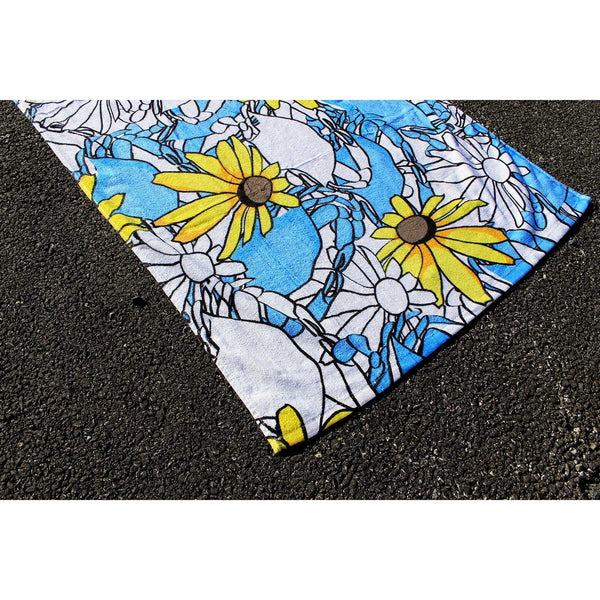 Blue Pennington Crab & Black Eyed Susan / Beach Towel