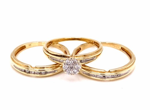 0.26 Ctw 10K Yellow Gold Diamond Ring Set Size 7.5 & 9.5