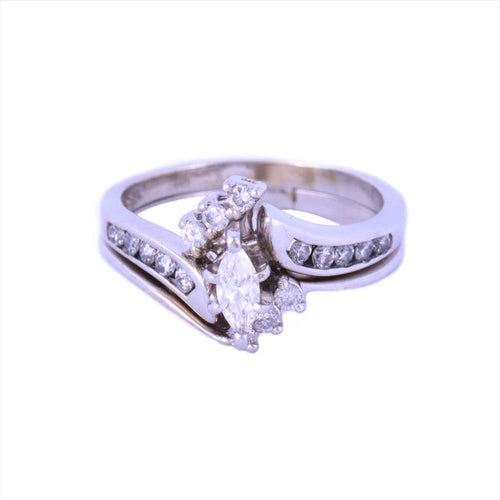 14K Yellow Gold Wedding Rings with Diamonds Size 6 4.98 Grams