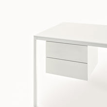 Load image into Gallery viewer, Helsinki 35 Office Table