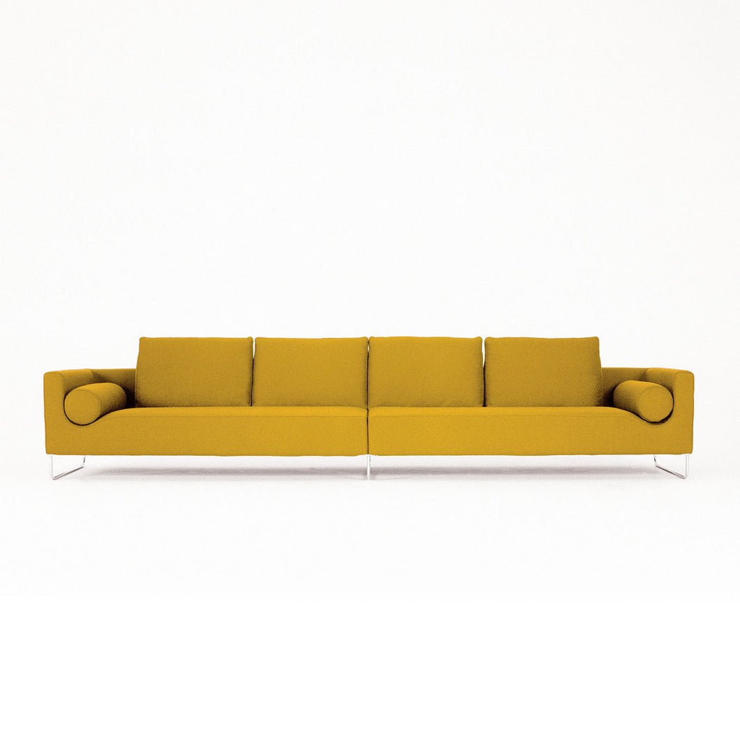 Canyon sofa with arms