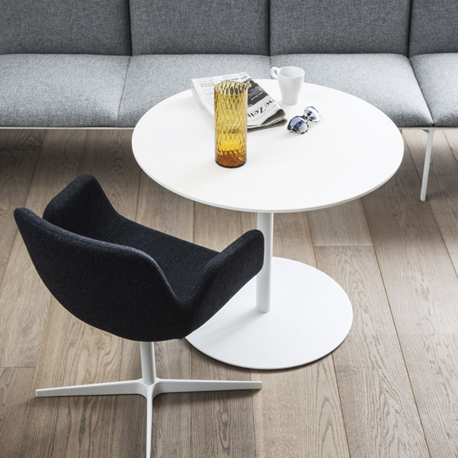 Brio Adjustable Table by Marcato for LaPalma