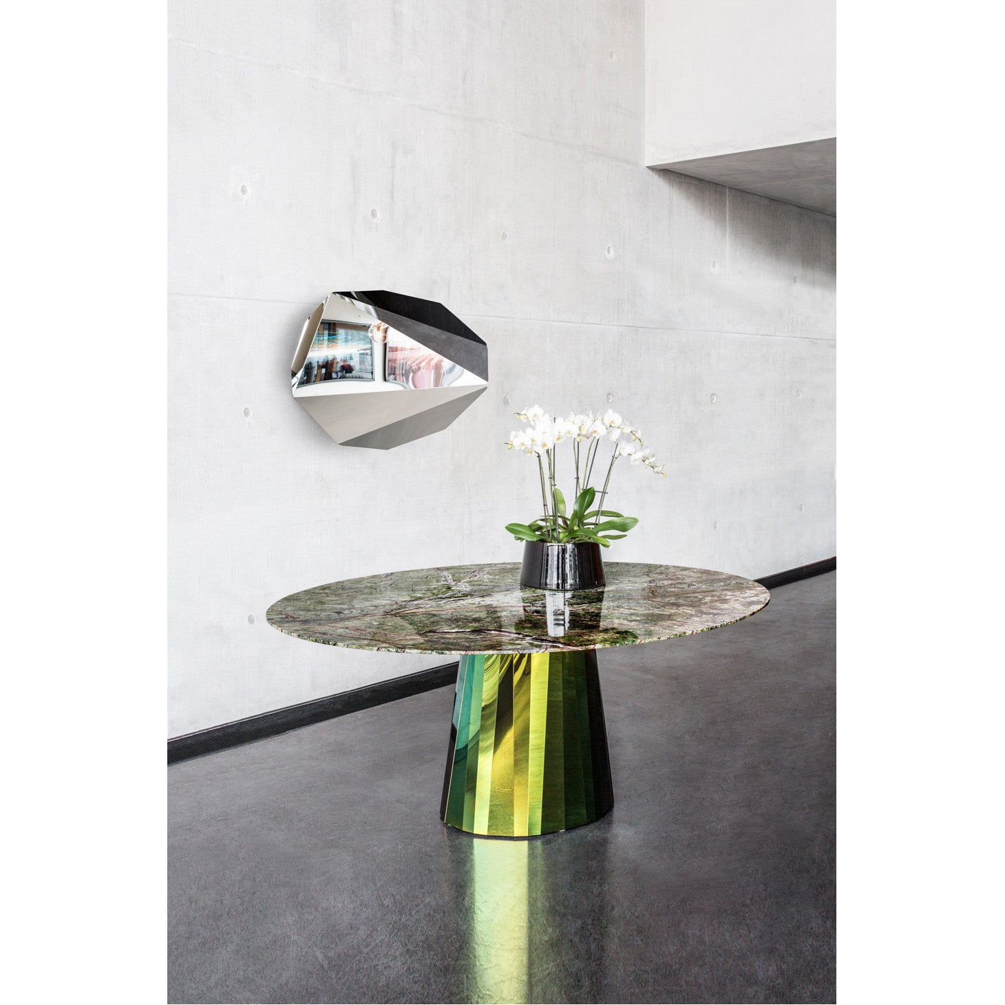 Hassos - Pli Table - Piega Mirror