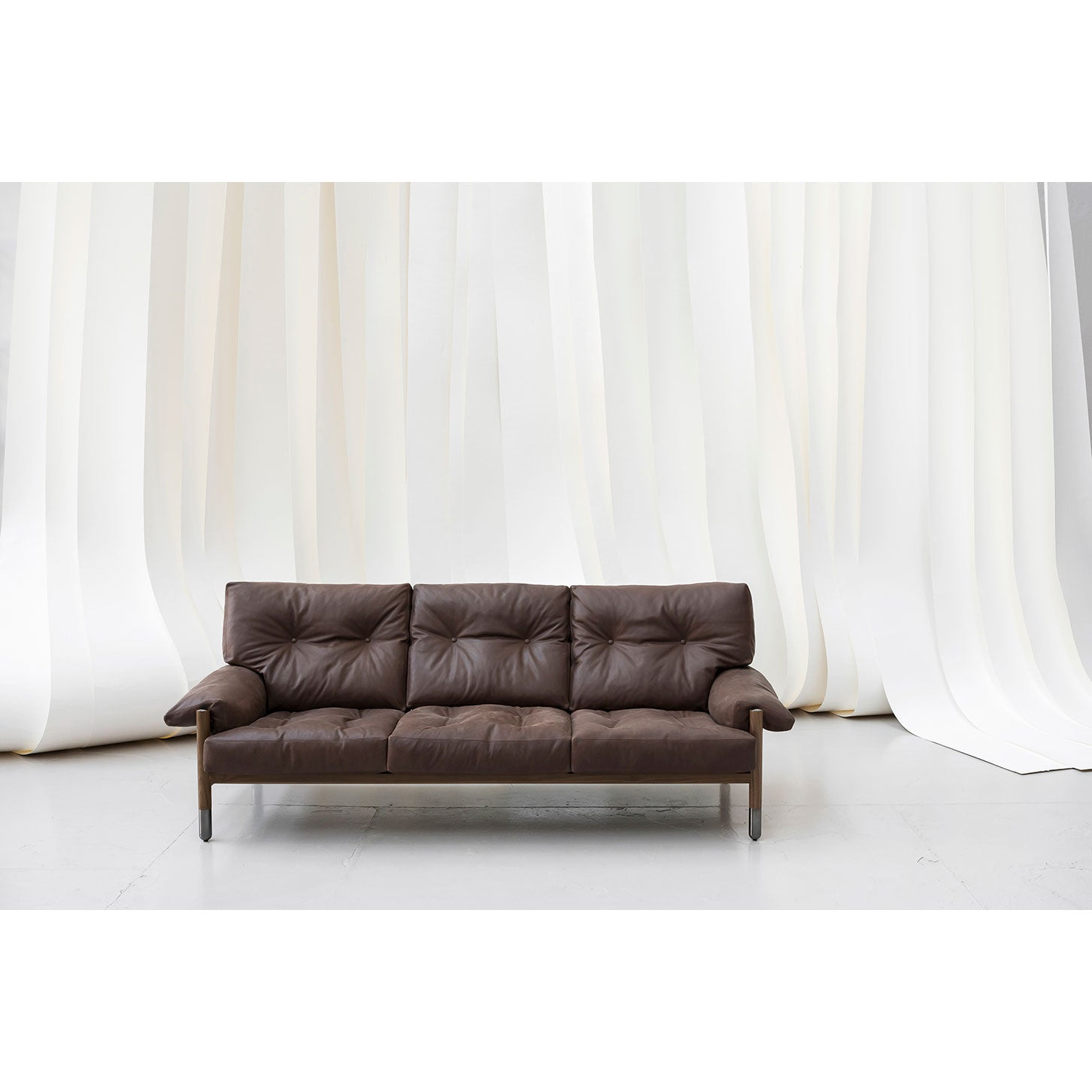 Sella Sofa