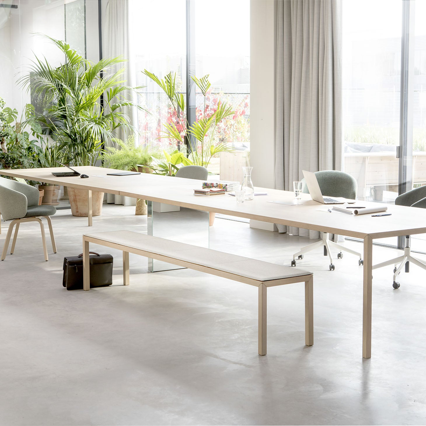 Slim+ Connected Table and Bench