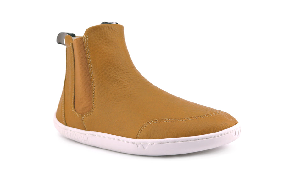 SIDE VIEW OF HAZELNUT COLOUR CHELSEA BOOT
