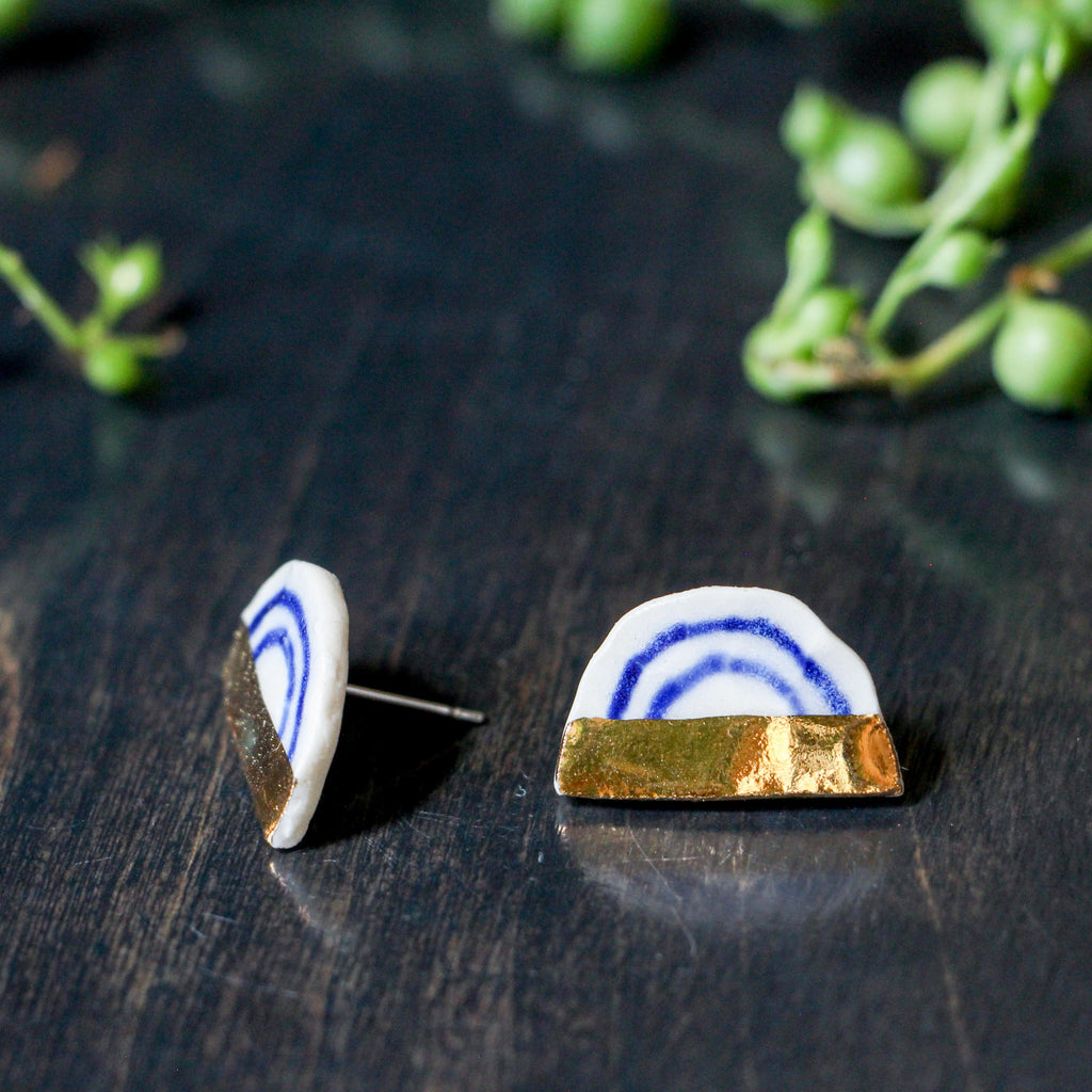 Indigo Arch & Gold Half Button Earring