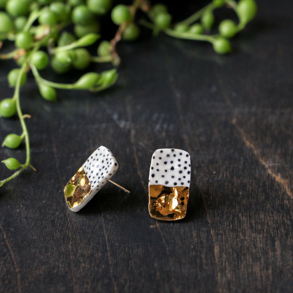Gold Dot Rectangular Earring