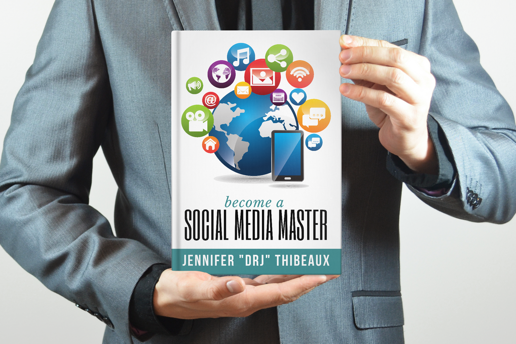 Become a Social Media Master - Paperback Book