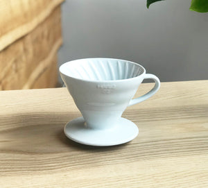 Open image in slideshow, Hario V60 ceramic dripper 02
